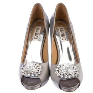 BADGLEY MISCHKA Lissa Embellished Pumps Peep-Toe